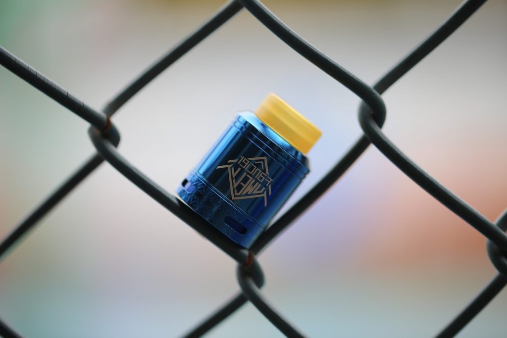 vape coil stabilized in fence